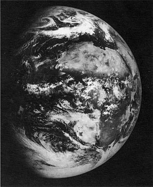 Zond-5 Photo of Earth