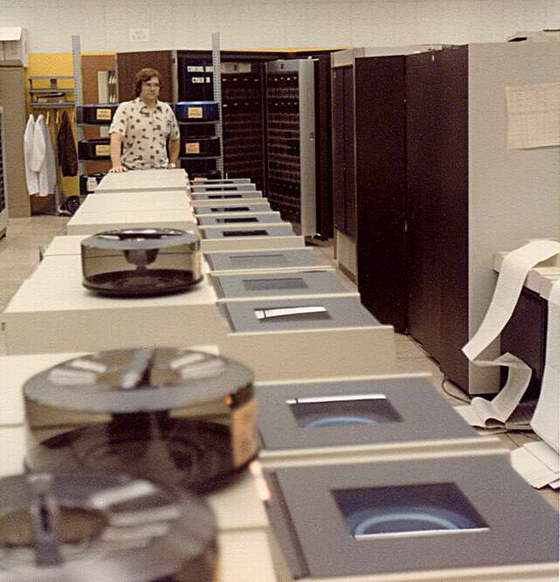 CDC 844 Disk Drives